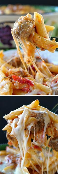 Italian Sausage Penne Casserole -Loaded with cheese, this Italian sausage casserole tastes delicious and is a great comfort food the whole family will love. Sausage Recipes, Casserole Recipes, Crockpot Recipes, Cooking Recipes, Dinner Dishes, Pasta Dishes, Dinner Recipes, Dinner Ideas, Pasta Meals