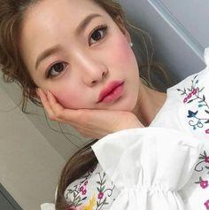 Ulzzang - Fashion - Beauty - Kpop I do NOT post pictures of myself! Pink Makeup, Beauty Makeup, Hair Makeup, Hair Beauty, Asian Makeup, Korean Makeup, Korean Girl, Asian Girl, Bora Lim