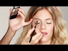 Video: Lift Your Lids With Makeup
