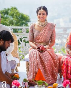 Bridal Sarees South Indian, Indian Bridal Outfits, Indian Bridal Fashion, Indian Fashion Dresses, South Indian Bride, Bridal Dresses, Indian Engagement Outfit, Engagement Dress For Bride, Engagement Saree