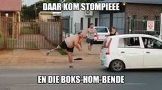 Shocking video of Afrikaans street fight goes viral Compton Effect, Street Fights, The Headlines, Afrikaans, Comebacks, Funny Stuff, Funny Memes, Life, Funny Things