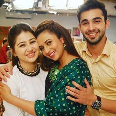 The on-screen brother-sister from Yeh Hai Mohabbatein was dating in real life. Indian Gowns Dresses, 15 Dresses, Tv Actors, Actors & Actresses, Bride Quotes, Aditi Bhatia, Yeh Hai Mohabbatein, Kartik And Naira, Tashan E Ishq