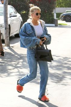 #Hollywood, #SofiaRichie, #Style Sofia Richie Street Style - West Hollywood – 04/05/2017 | Celebrity Uncensored! Read more: http://celxxx.com/2017/04/sofia-richie-street-style-west-hollywood-04052017/