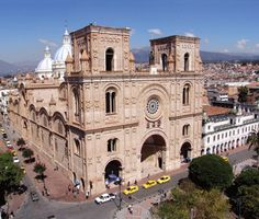 Here's an uncommon view of Cuenca's new cathedral. Note the two flat-topped roofs, where domes should be. The architect miscalculated and they discovered that putting domes on would collapse the church!