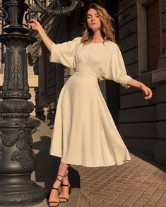 Open Back Maxi Dress - vestidos Open Back Maxi Dress, Dress Up, Man In Dress, Full Skirt Dress, Hijab Dress, Dress Clothes, Dress Shoes, Modest Fashion, Fashion Dresses