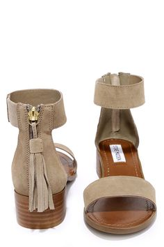 With a charming block heel, the Steve Madden Darcie Taupe Suede Leather Heeled Sandals excel at casual-chic! Genuine suede upper with ankle strap. Taupe Sandals, Shoes Flats Sandals, Heeled Sandals, Gold Flats, Flat Sandals, Leather Heels, Suede Leather, Sneakers Fashion, Fashion Shoes