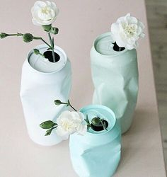 for the right event these are fun.DIY upcycling of cans with spray paint / Vase aus Dose selber machen Diy Tumblr, Ideias Diy, Diy Art, Diy And Crafts, Upcycle, Diy Projects, Canning, Gifts, Design