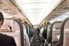So viel Beinfreiheit bieten die Airlines in der Economy Class – TRAVELBOOK