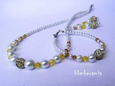 BBM Kerámia Ékszer Pearl Necklace, Beaded Bracelets, Pearls, Jewelry, String Of Pearls, Jewlery, Jewerly, Pearl Bracelets, Beads
