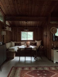 Off grid living (no electricity, running water or cell reception) in a cabin in the woods created by Forestbound founder Alice Saunders Small Cabin Designs, Small Cabin Decor, Diy Cabin, Turbulence Deco, Little Cabin, Dining Nook, Cabins In The Woods, House In The Woods, Interior Exterior