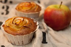 Apple Rose Pie Cupcake Apple Rose Pie, Apple Roses, Muffin, Cupcakes, Breakfast, Desserts, Food, Apple Pie Cake, Simple