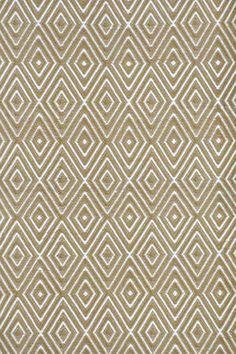 Neutral diamond pattern. Indoor/Outdoor rug.