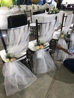 Dekoration sthle ehe haus gottes dekoration gottes stuhle fall wedding centerpieces on your big day Wedding Chair Decorations, Wedding Lanterns, Wedding Chairs, Wedding Centerpieces, Wedding Table, Diy Wedding, Rustic Wedding, Wedding Reception, Garden Wedding
