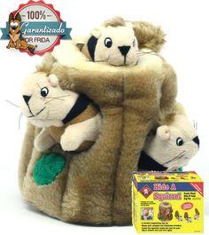 Encuentra a la Ardilla - Hide-A-Squirrel Puzzle Plush™  Este es por mucho uno de los mejores juguetes para perros, consiste en un tronco de árbol en donde se esconden 3 ardillas que hacen un sonido squeaky cuando las muerde, entonces el truco esta en que tu perro logre sacarlas del árbol.