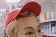 Glasses with Mark Lee Mark Lee with glasses Mark Lee, Nct 127 Mark, Lee Min Hyung, D House, Kpop, Jisung Nct, Boyfriend Material, K Idols, Jaehyun