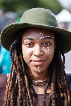 *Running to the mirror to duplicate this mesmerizing face paint NOW!* || Afropunk Street Style 2015