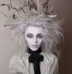 Looking for for ideas for your Halloween make-up? Browse around this website for scary Halloween makeup looks. Ghost Makeup, Makeup Art, Makeup Ideas, Sfx Makeup, Hair Makeup, Doll Makeup, Eyeshadow Makeup, Yellow Eyeshadow, Gothic Makeup