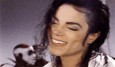 Michael: I messed up and I *haha * did a wierd arm wobble thing hahaha Invincible Michael Jackson, Michael Jackson Gif, Janet Jackson, Paris Jackson, King Of Music, Jackson Family, The Jacksons, Celebs, Celebrities