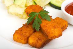 Ricetta bastoncini di pesce - Come preparare in casa, in modo semplice e con ingredienti sani, i bastoncini di pesce, un secondo piatto delizioso. La ricetta.