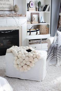 This adorable pompom rug will make you feel cozy and warm, prepare yarn, pompom maker, scissors, non-skid rug pad. There are several ways to make a pom-pom but a pom-pom maker offers the fastest method. The actual size of the pom-poms will vary based on the thickness of yarn and amount of times the yarn...