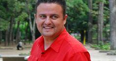 El periodista de VTV, Jesús Manzanares, habría golpeado a su esposa en diversas ocasiones, según confesó el mismo a un efectivo de seguridad. Aporrea El mo