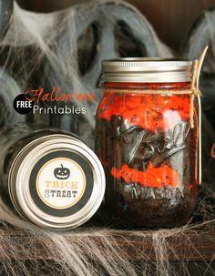 Free printables – Halloween mason jar labels