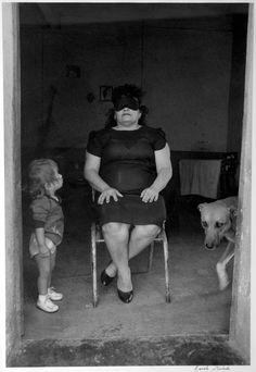 Graciela Iturbide Doña Guadalupe, 1988 Juchitán, Oaxaca, México Plata sobre gelatina