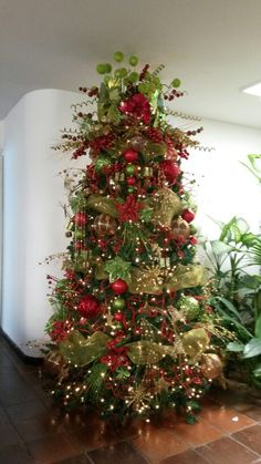 red and gold christmas tree with jeweled fruit gold christmas tree gold christmas and christmas tree