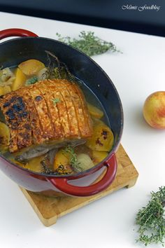 Sommerlicher Krustenbraten ~ leicht und knusprig mit Nektarinen und Weißwein -