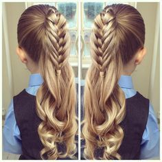 """""""A Half Birdcage Braid with Curls @molliebanks5 did this yesterday I had a crazy workout today with @emmi_faith_fitness, got a groom going to struggle…"""""""