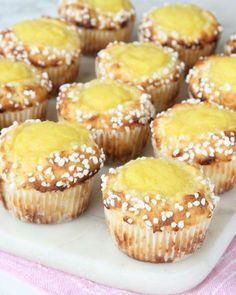 Mat o bak No Bake Desserts, Dessert Recipes, Sweet Bakery, Yummy Food, Tasty, Swedish Recipes, Bagan, Cupcakes, No Bake Cake