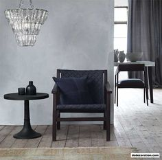 Navy Quilted Chair - http://www.dedecoration.com/interior-home-design/navy-quilted-chair.html