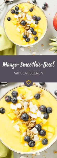 Summer in your bowl! Mango smoothie bowl-Sommer in deiner Schüssel! Mango-Smoothie-Bowl Bring summer into your kitchen and start the day with sun-yellow mango, midnight blue blueberries and Caribbean coconut chips. Desserts Végétaliens, Desserts Sains, Healthy Dessert Recipes, Health Desserts, Breakfast Recipes, Breakfast Healthy, Brunch Recipes, Diet Recipes, Vegetarian Recipes