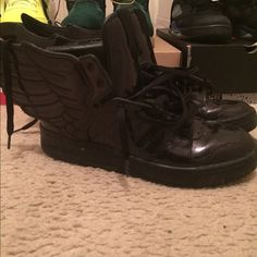 Adidas JS black patent leather wings Size 9.5 8.5/10 hard to find JS wings Jeremy Scott Shoes