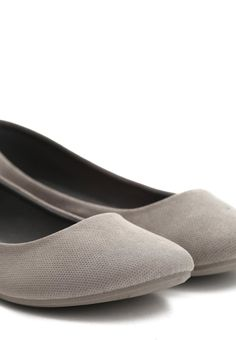 Ciemnoszare Balerinki Image - born2be.pl Slip On, Flats, Sneakers, Clothes, Shoes, Fashion, Loafers & Slip Ons, Tennis, Outfits