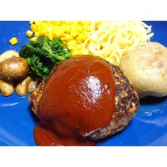 *・.゜#ハンバーグ・.゜*#おかず#じゃがいも#ポテト#potato#マッシュルーム#mushroom#mushrooms#ほうれん草#コーン#corn#とうもろこし#スパゲティ#spaghetti#パスタ#pasta#おうちごはん#プレートごはん#夜ごはん#夕飯#夕食#晩ごはん#dinner#dinnertime#delicious#yummy#cooking#料理#お肉#肉