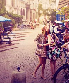 blair and serena in paris <3