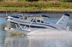 Seair Seaplanes C-FDHC De Havilland Canada DHC-2 Mk.3 1677-TB45 YVR Vancouver Airport 2012