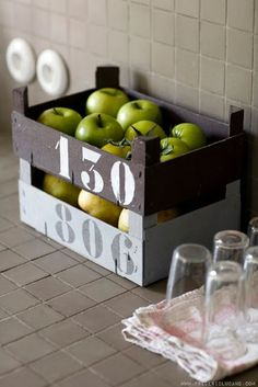 Shades of green - desire to inspire Parisian photographer Frederic Lucano clementine crates! Crate Storage, Diy Storage, Storage Boxes, Storage Ideas, Produce Storage, Fruit Storage, Vegetable Crates, Diy Rangement, Creation Deco