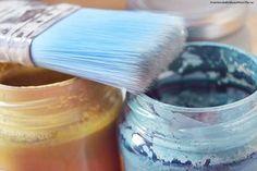 Os mostramos en nuestro curso online gratuito cómo pintar madera con chalk paint para renovar la imagen de un mueble antiguo de madera en casa