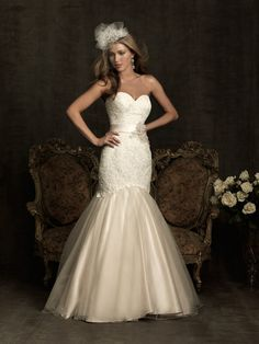 Trumpet/Mermaid Sweetheart Crystal Lace Chapel Train Wedding Dress at Millybridal.com