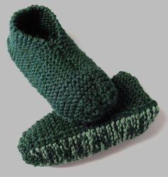 Tout le monde le sait, j'adore tricoter des pantoufles ! Et j'aime bien doubler les laines quand j'en tricote : elles sont ainsi plus chaudes et durent plus longtemps ! Cette fois…