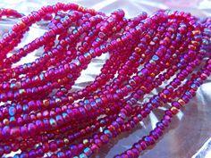 Size 11/0 True Cut/Charlotte Transparent GARNET RED IRIS-Ab-Rainbow Preciosa…