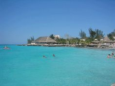 Okay, where is that transporter thing-a-ma-bob we were supposed to have by 2012?   I want to be on this beach.  Stat!!!    Cozumel, Mexico