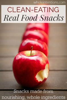 This Cinnamon Apple Chips made by combining some easy ingredients such as McIntosh apples, cinnamon, and sugar, is a healthy snack that your. Healthy Soup Recipes, Apple Recipes, Real Food Recipes, Healthy Snacks, Snack Recipes, Eat Healthy, Healthy Living, Chicken Recipes, Japanese Sweets