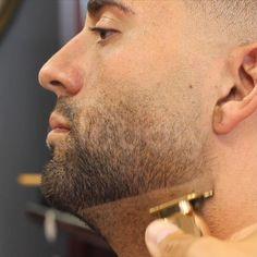 Best Hair Trimmer, Beauty Skin, Hair Beauty, Beard Tips, Haircut Designs, Cool Gadgets To Buy, Hair Scalp, Hair And Beard Styles, Hair Tools