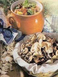 Recepty na dobře jídlo a pití: Bramboračka se sušenými houbami