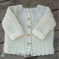 Opskrift hæklet babytrøje med lille snoning (PDF)