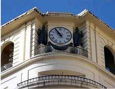 JUAN SERRANO -GUITARRISTAS - El Arte de Vivir el Flamenco Reloj de las Tendillas de Córdoba. El único reloj del mundo que da las horas por soleares.