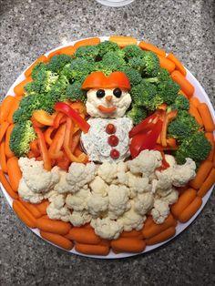 Snowman veggie and dip platter Christmas Tree Veggie Tray, Christmas Eve, Xmas, Winter Onederland, Platter, Dip, Snowman, Veggies, Appetizers